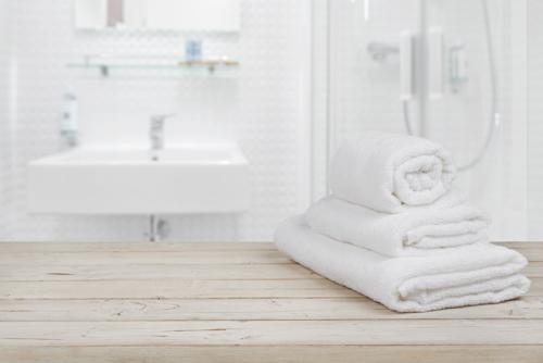 Badkamer verbouwen of installeren in Rotterdam, Capelle aan den ...